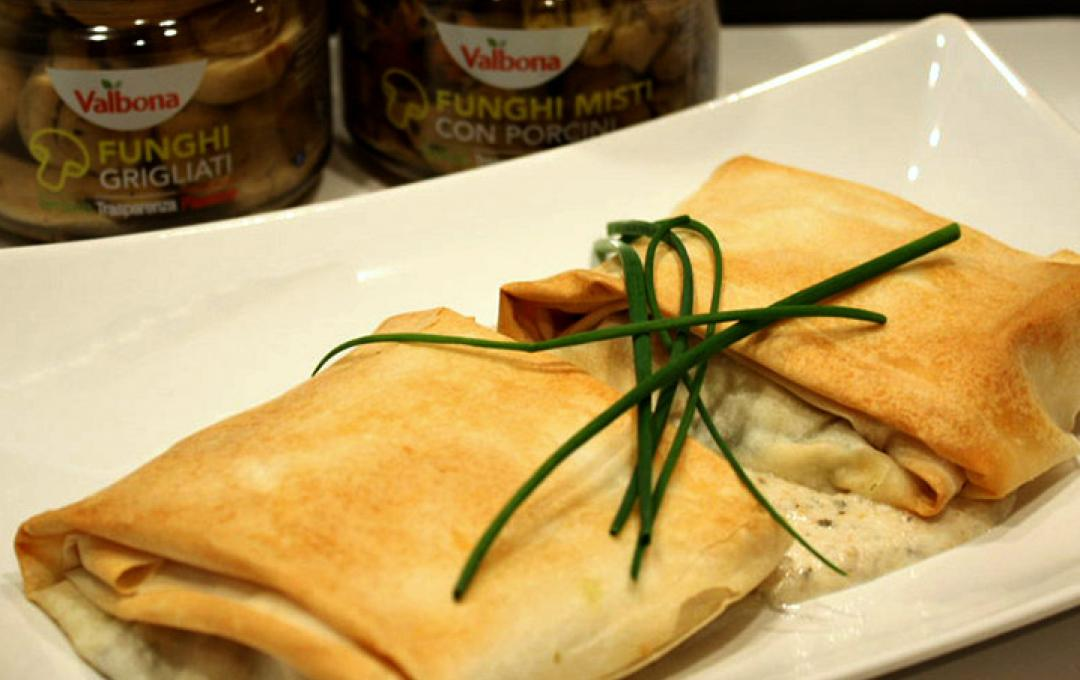 Valbona - Filo Pastry Parcels with Mushrooms and Squaquerone Cheese