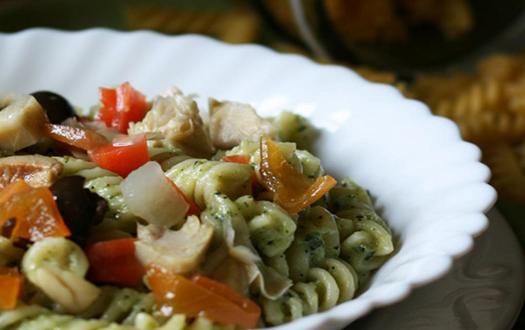 Pasta salad with creamed courgettes and vegetables - Valbona