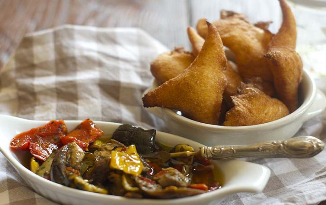 Small fried pizzas with Mixed Grilled Vegetables Valbona