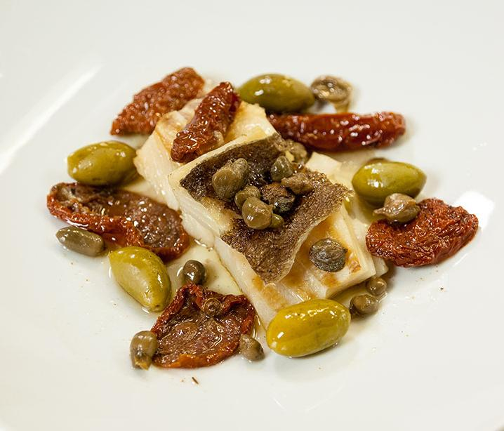 DRIED COD COCOTTE WITH CAPERS, OLIVES AND SUN-DRIED TOMATOES - Daniele Zennaro per Valbona
